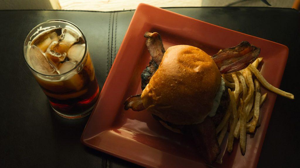 burger-476916_1920